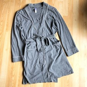 Other - Gilligan and O'Malley Grey Short Robe